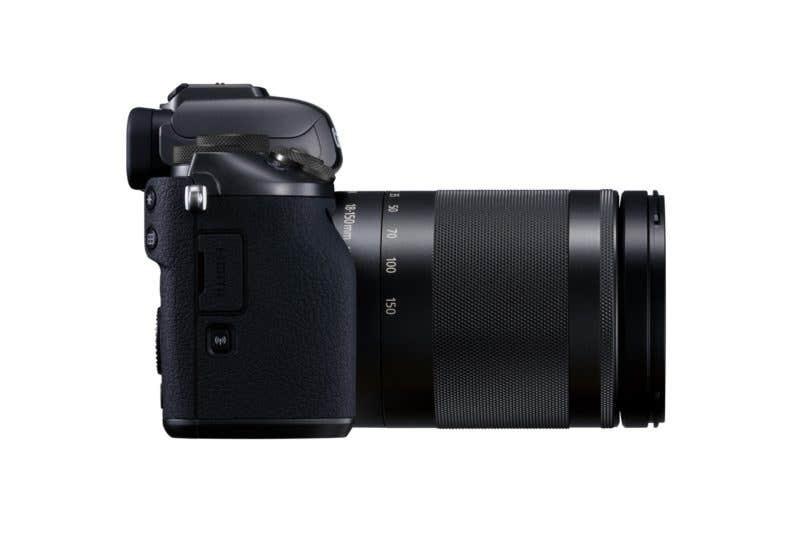 EOS M5 EF-M 18-150 mm