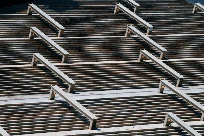 Las escaleras del Fórum (207.4mm – 1/1000 – f5.6 – ISO200)