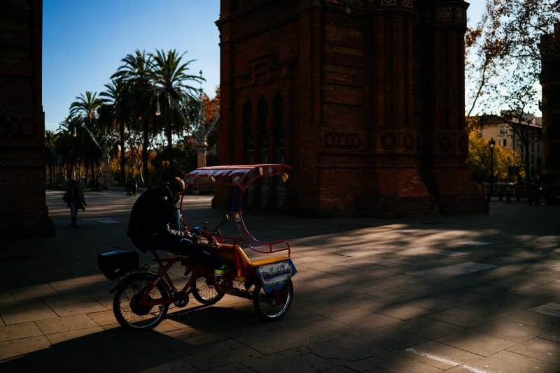Barcelona, Arco del Triunfo - Sigma 35mm f2 DG DN C (f/2 - 1/4000s - 200ISO)